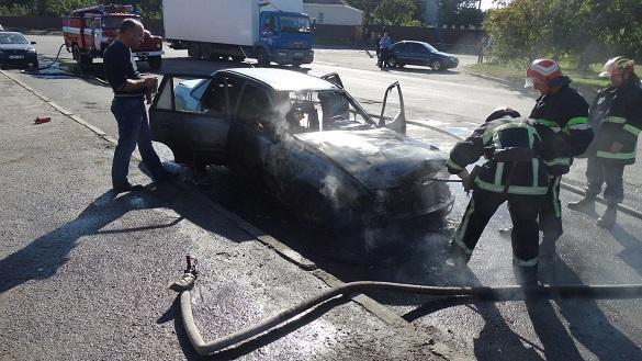 У Черкаській області за добу згоріло два легковика