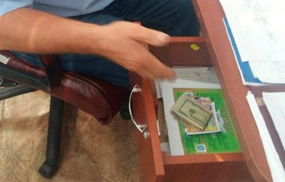 Хотів нажитися на хасидах: в Умані за корупцію затримали посадовця