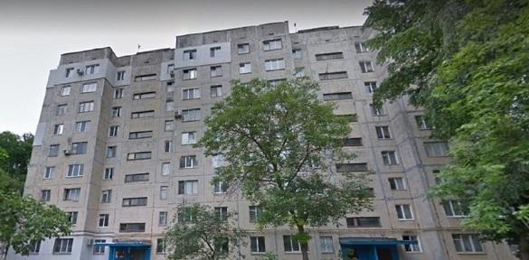 Мешканці черкаських будинків три місяці живуть без гарячої води (ВІДЕО)