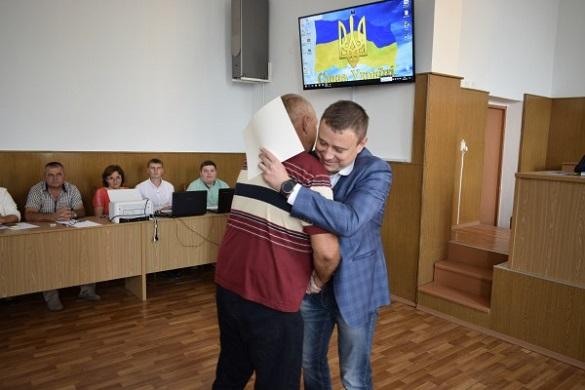Черкаських волонтерів відзначили нагородами Президента