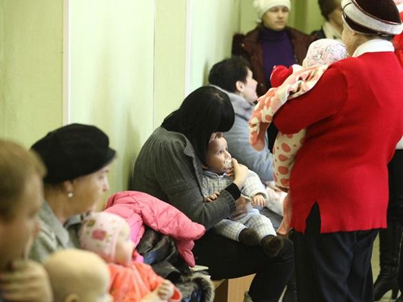 Черкащани просять приймати в поліклініках здорових та хворих дітей окремо