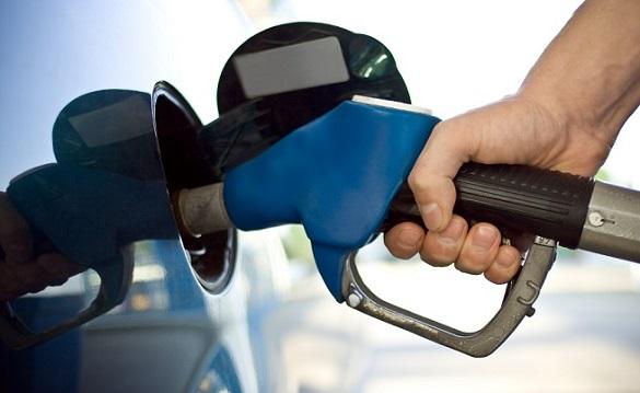 Стрімке подорожчання: черкащани почали більше платити за бензин