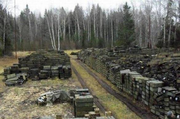 Черкаська артилерійська база боєприпасів  —  у зоні ризику