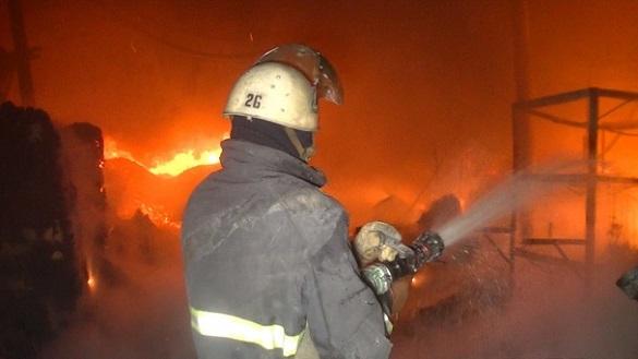 На Черкащині горів житловий будинок: є постраждалі