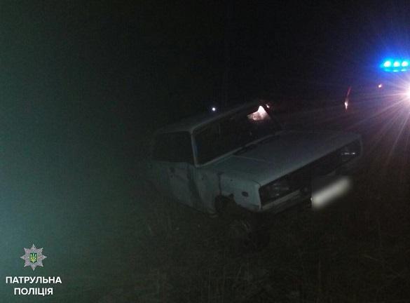 Вилетіли в кювет та втікли: поблизу Черкас трапилася ДТП (ФОТО)