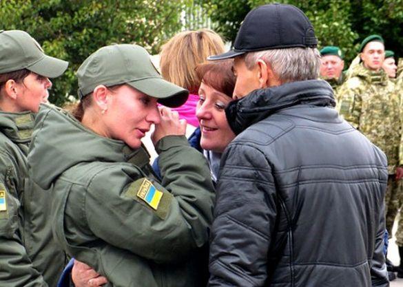 В Оршанці трьохсот курсантів зустріли зі сльозами на очах
