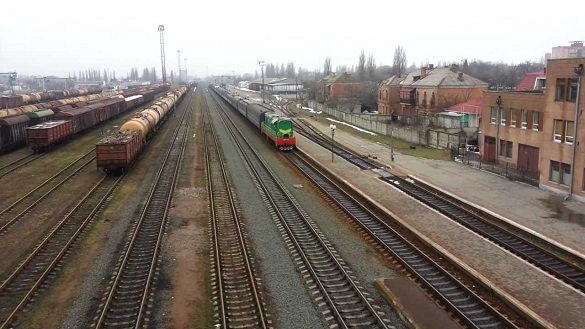 На залізничному вокзалі у Черкасах сталося самогубство