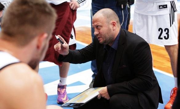 Наставник черкаської баскетбольної команди став заслуженим тренером України