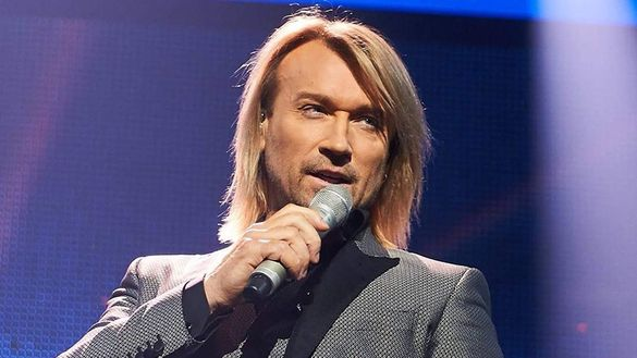 Винник забув слова відомої української пісні на сцені шоу
