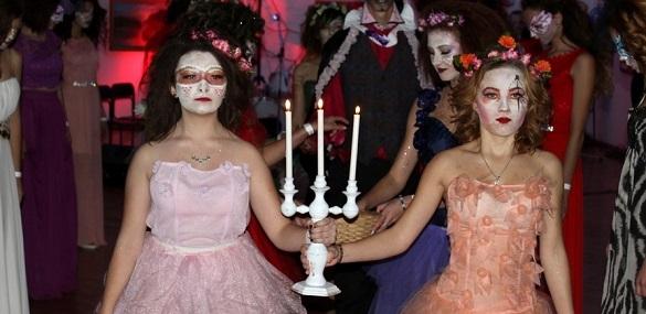 Відьми, вампіри, перевертні та маги: як у черкаському музеї Хелловін відсвяткували