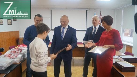 Винагорода за талант та працю: що отримали найкращі учні та їхні викладачі за те, що прославили Черкаси?