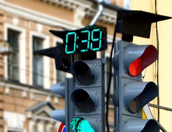 Черкащани зібрали підписи за встановлення у місті звукових світлофорів із таймерами