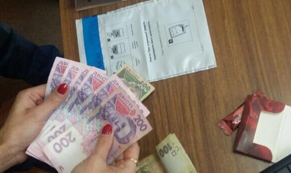 У Черкасах місцевий житель намагався підкупити слідчого (ФОТО)