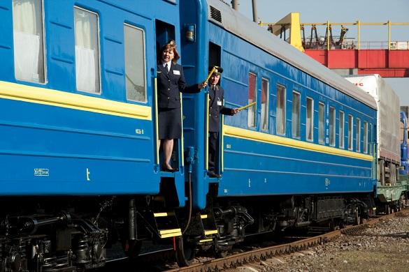 На новорічні свята через Черкаську область курсуватиме додатковий потяг