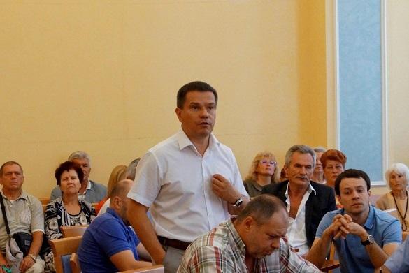 Скандального черкаського чиновника відсторонили від посади (документ)