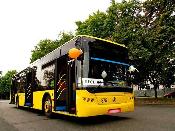 У Черкасах тролейбус можна взяти напрокат