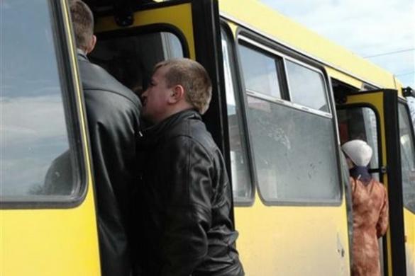 Далі не їдемо: черкащанам доведеться ще довго терпіти недоліки громадського транспорту