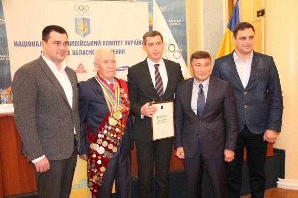 Став героєм фільму: перший переможець Олімпіади з Черкащини відзначив 80-літній ювілей