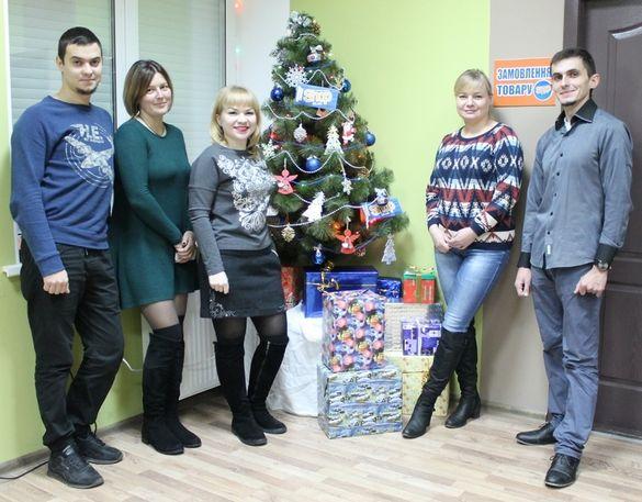 Інтернет-магазин Shоp.ck.ua допоможе придбати новорічні подарунки для всієї родини*