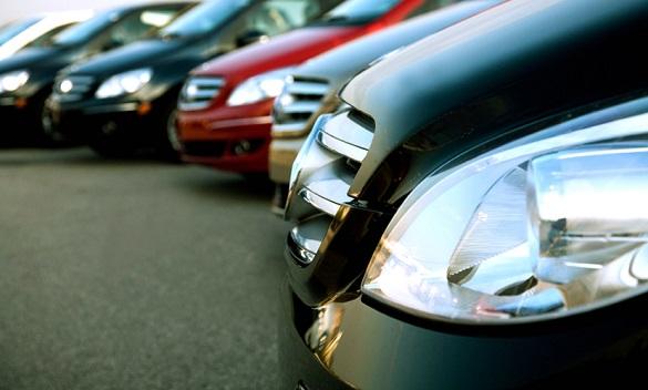У Черкасах почали купувати дорожчі автомобілі