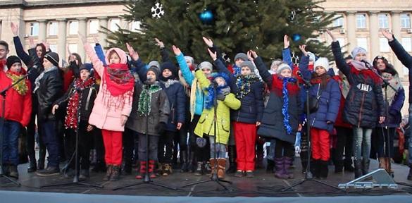 """У Черкасах відбувся фестиваль """"Різдвяна Коляда"""""""