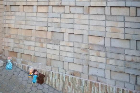 Черкащани зносять дитячі іграшки до церков Московського патріархату (ФОТО)