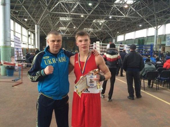 Черкаський боксер став майстром спорту України