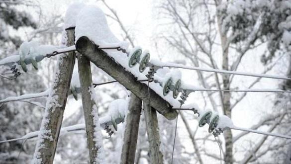 Через негоду чотири населені пункти Черкащини залишилися без світла