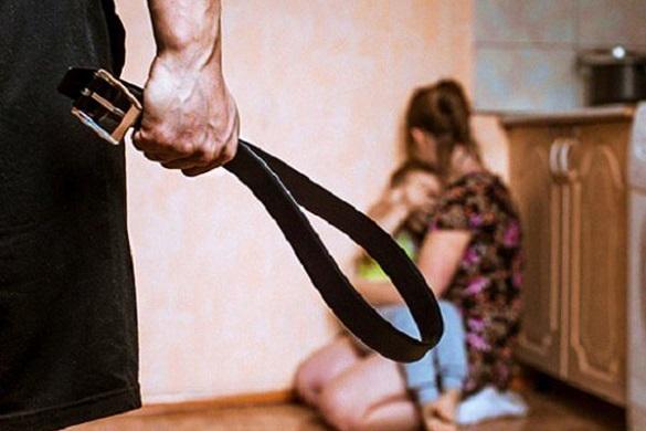 Домашніх тиранів – у в'язницю. В Україні посилили відповідальність за насильство в родині