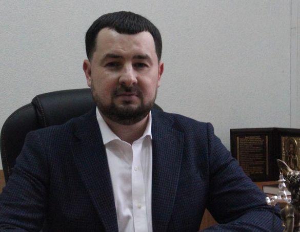 Квартира, ремонт автомобілів та 300 тисяч готівкою. Чим володіє екс- заступник голови Чорнобаївської райради?
