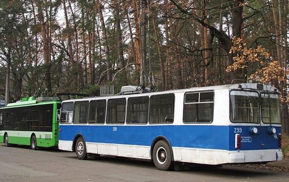 У Черкасах одна із вулиць залишається непроїзною для тролейбусів