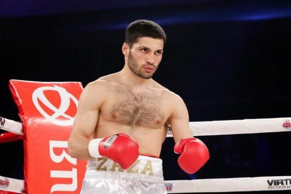 Черкаський боксер позмагається за титул чемпіона України