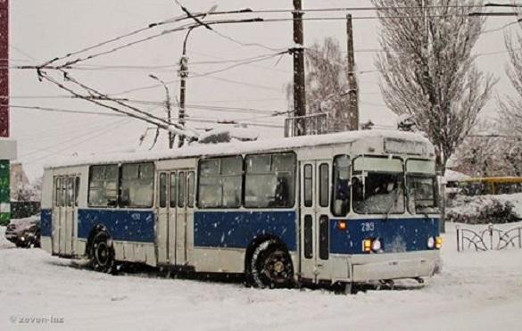 Один з черкаських тролейбусів тимчасово змінив напрямок руху