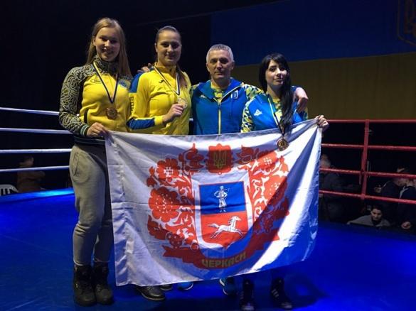Зібрали повний кошик нагород: черкаські боксерки тріумфували на чемпіонаті України