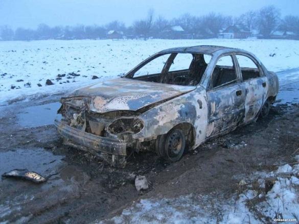 На Вінниччині під час пожежі у автомобілі загинув черкащанин (ФОТО)