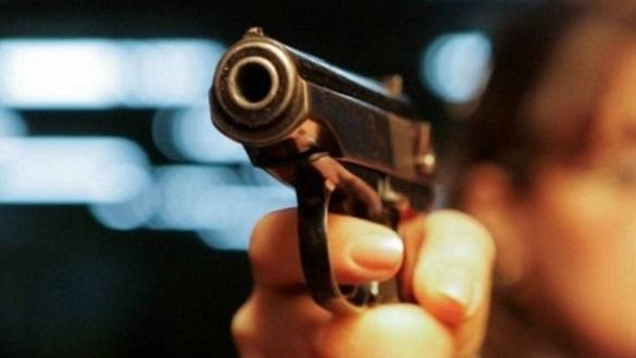 У Черкасах біля скандального нічного клубу сталася бійка зі стріляниною