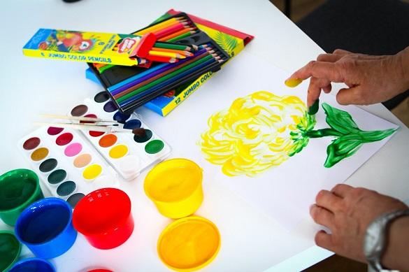 Фломастери, олівці та фарби: у Черкасах учасників АТО лікують арт-терапією (ВІДЕО)