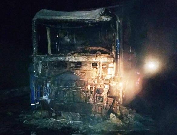 На Черкащині вщент згоріла вантажівка (ФОТО)