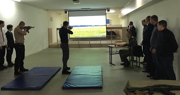 Лазери замість набоїв: у черкаській школі відкрили інтерактивний тир