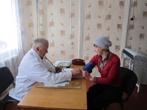 На Черкащині є фельдшер, який ставить безпомилкові діагнози