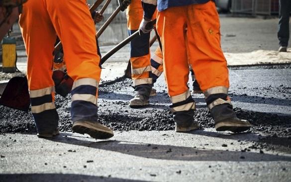 Стало відомо, коли в Черкасах розпочнуть ямковий ремонт доріг