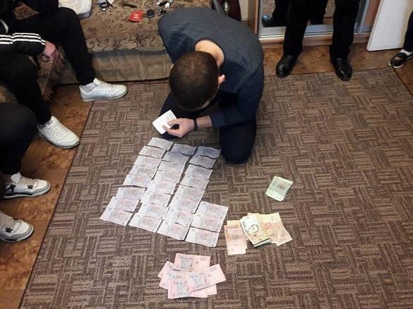 Через продаж наркотиків у Південно-Західному районі перед судом постане група молодиків