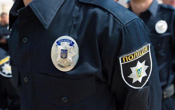 На Черкащині виник конфлікт через огляд жіночої сумочки