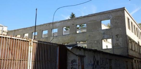У центрі Черкас відремонтують згорілий корпус ЧНУ