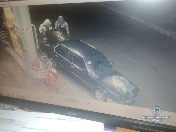 На Черкащині впіймали зловмисників, які викрали бензин з АЗС (ВІДЕО)