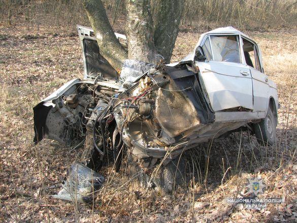 На Черкащині розбився викрадач автівки