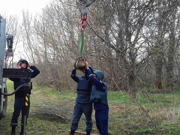 На Черкащині місцеві жителі знайшли потужні снаряди часів війни