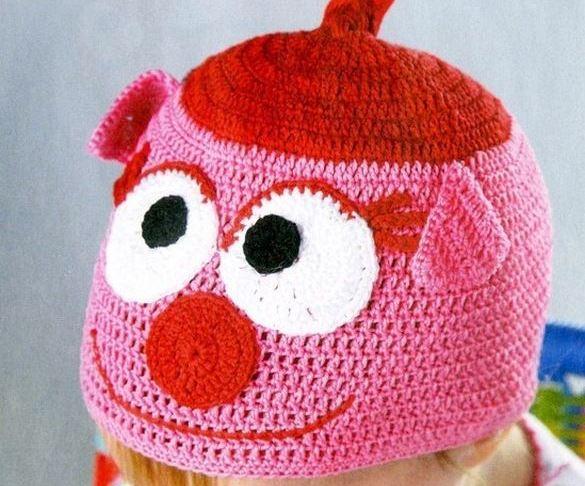 Міньйони та пікачу: креативні шапочки в'яжуть черкаські волонтерки для хворих діток (ВІДЕО)
