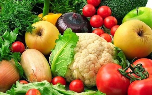 У Черкасах найбільше зросли в ціні овочі та фрукти