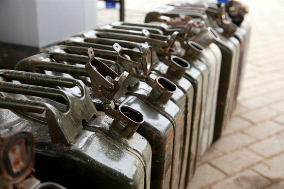 На Черкащині працівники залізниці щоразу крали 500 літрів дизпалива